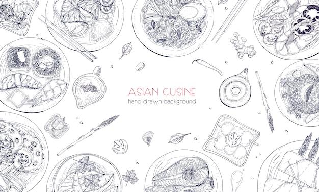 Элегантный монохромный рисованной фон с традиционной азиатской едой, подробные вкусные блюда и закуски восточной кухни - вок лапша, сашими, гёза, блюда из рыбы и морепродуктов. иллюстрации.