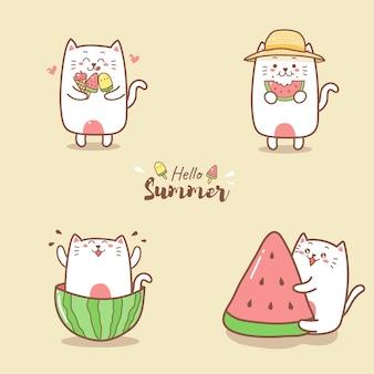 Милый котик летом ест арбуз и мороженое