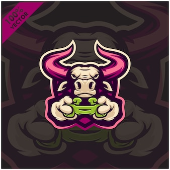 Бык геймер держит игровую приставку джойстик. дизайн логотипа талисмана для команды киберспорта.