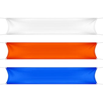 白、赤、青の空の空の水平長方形バナーセットコーナーロープ。