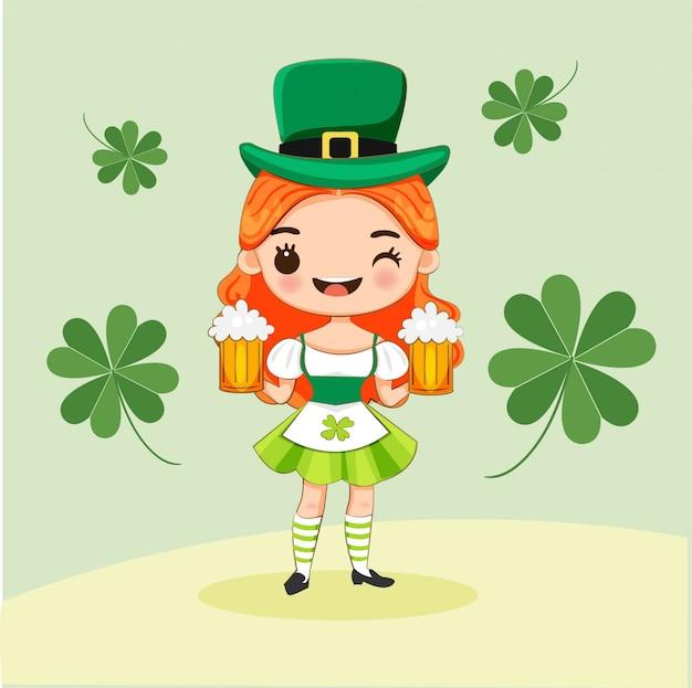 Симпатичная девушка в костюме лепрекона с бокалами для пива на день св.патрика