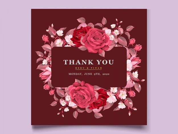 マルーンの花と葉を持つエレガントなウェディングカードテンプレート