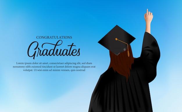 ガウンと卒業の帽子を被った女性とお祝いアカデミーコンセプト