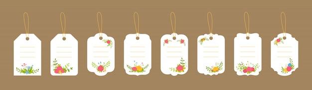 空白のラベルテンプレートセット。装飾された花の組成、花の枝と葉。カラフルなフラット漫画フレームペーパーコレクション