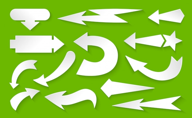 Стрелка различных направлений белой бумаги набор. элементы дизайна с тенями инфографики коллекции. курсор знак. другой символ вверх, влево, вправо, вниз