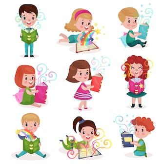 Симпатичные маленькие мальчики и девочки читают сказочные книги набор, концепция воображения детей красочные иллюстрации шаржа