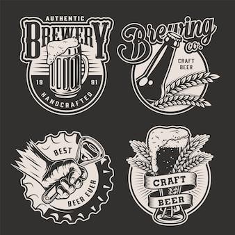 Монохромные винтажные значки пивоварни