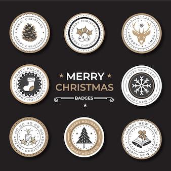 Плоская рождественская коллекция этикетки с рождественской елкой, колоколами и носками.