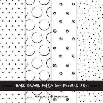 手描き水玉模様パターン