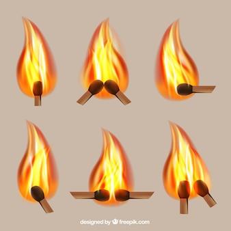 燃えるマッチ