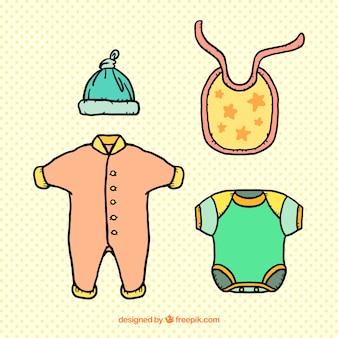 かわいい赤ちゃんの服