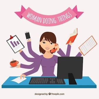 Женщина делает вещи