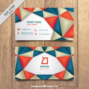 Визитная карточка с красными и синими треугольниками