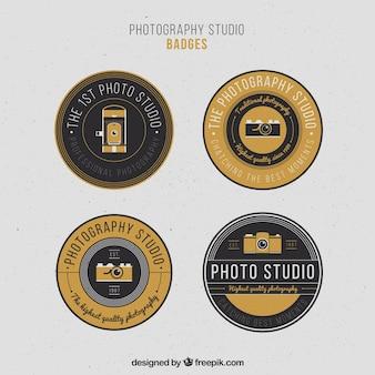 Элегантные старинные круглые значки фотографии