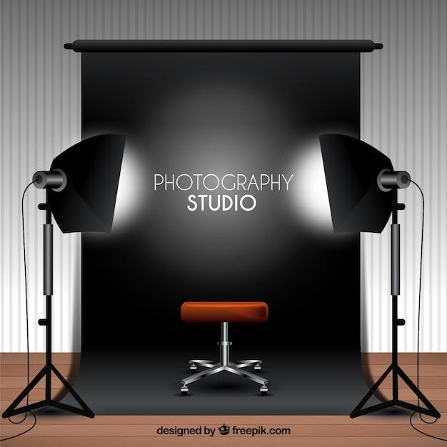 黒い背景で写真スタジオ