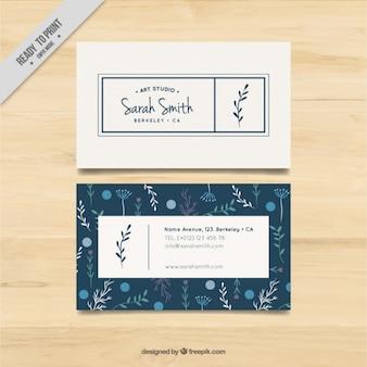 アートスタジオのための花の要素を持つビジネスカード