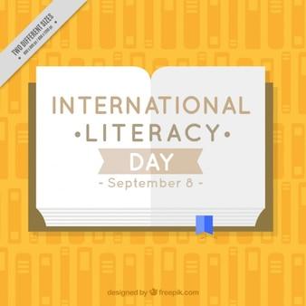 Открытая книга, чтобы отпраздновать день грамотности