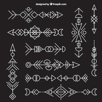 幾何学的な民族の矢印のコレクション