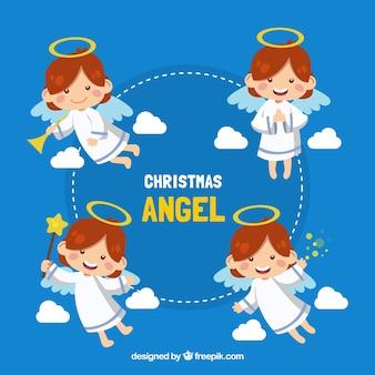 異なる姿勢で愛らしい天使のコレクション