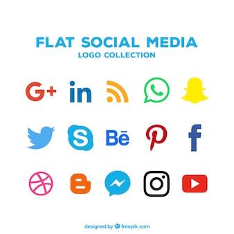 Коллекция иконок социальных сетей в плоском дизайне