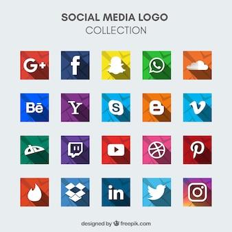 Ассортимент красочных иконок социальных медиа в плоском дизайне