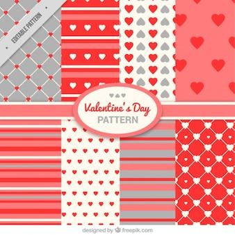 Упаковка из сердца и полосы узоров для влюбленных