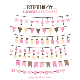誕生日のための美しい花輪のパック