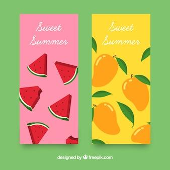 夏のフルーツと色付きのバナー