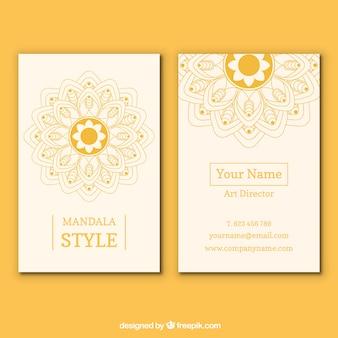 Желтый дизайн визитной карточки мандалы