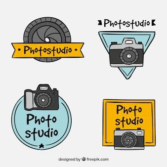 カラフルなカメラのラベルの衝突