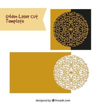 黄金の装飾的なレーザーカット招待状