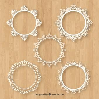 Пакет из пяти круглых кружевных рам