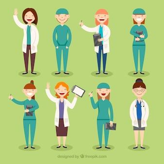 幸せな女性の医師のカラフルなコレクション