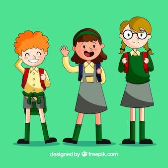 ユニフォームを着ている幸せな学生