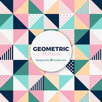 Симпатичный узор из цветных треугольников