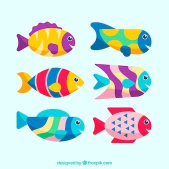 Набор красочных рыб в плоском стиле