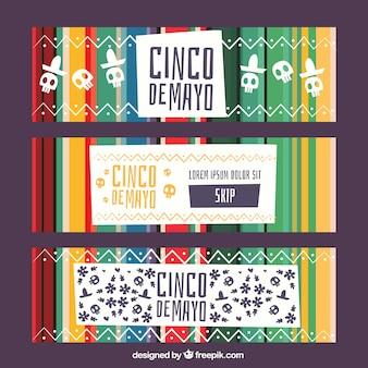 伝統的なメキシコの要素を持つシンコデー・マヨ・バナーのセット