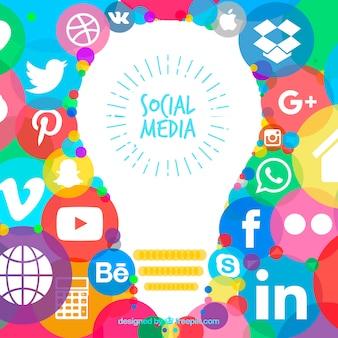 ソーシャルメディアのアイコンで手描きの背景