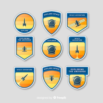 フラットデザインのカラフルなスペースバッジコレクション