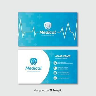 Визитная карточка с медицинской концепцией в профессиональном стиле