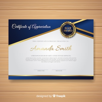 Элегантный шаблон сертификата с золотым стилем