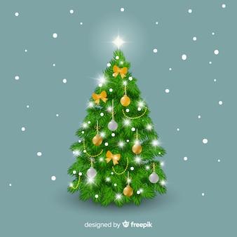 現実的なクリスマスツリー