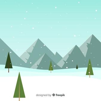 雪で覆われた山の背景