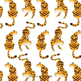 座っている虎パターン