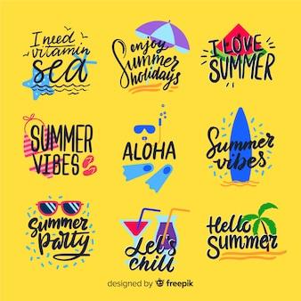 カラフルな手描きの夏バッジコレクション
