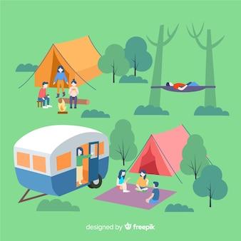 キャンプで休んでいる人