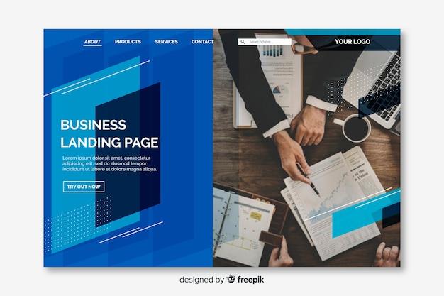 Бизнес-лендинг с геометрическими фигурами и фото