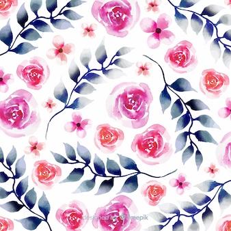 Акварельные цветы и листья в дизайне батика