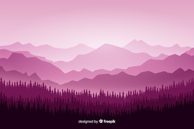 紫の色合いに木がある山の風景