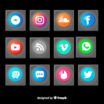 ソーシャルメディアのロゴセットと現実的なボタン